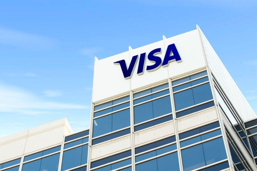 Global payments giant Visa reveals its plans involving cryptocurrencies.