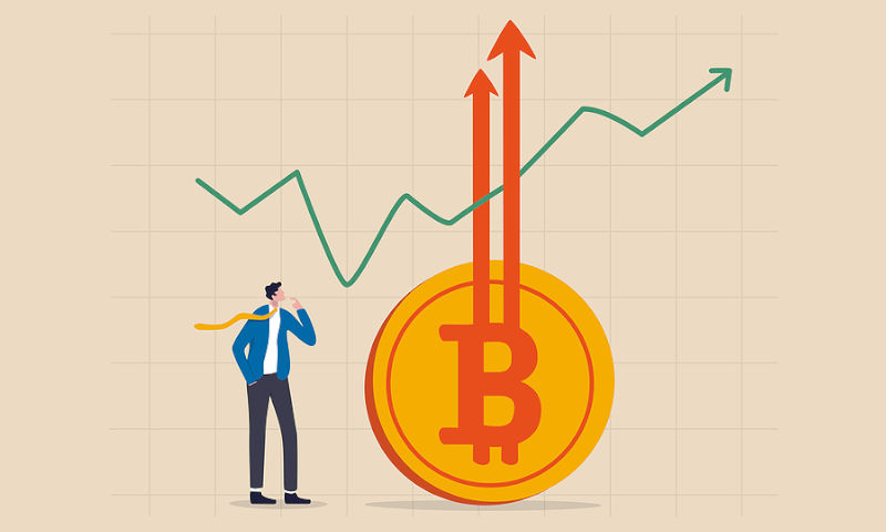 Bitcoin Surges To $40,000 - But Pullback Is Expected